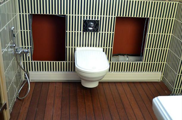 Тепловой плинтус для ванной комнаты